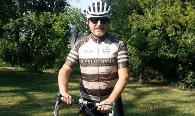 Test cyklo oblečení Rosti. Aneb v retru se to jezdí  9972cdfcbb